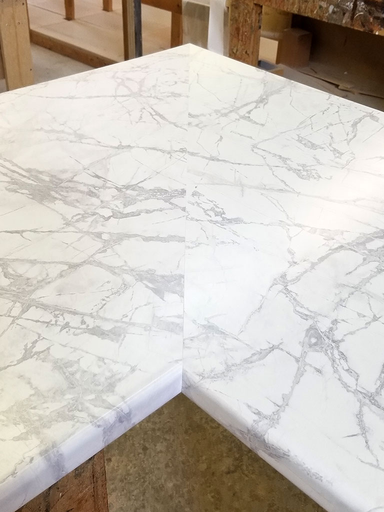 countertop mitre with large pattern